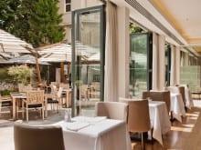 Rom_Hilton_restaurant